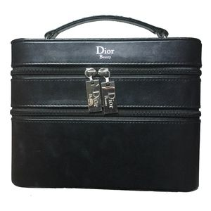 🆕Stylish Christian Dior Divine Diva Makeup Case